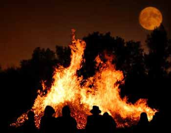 Samhain (End of Harvest; Beginning of Winter) [s.fp,k]